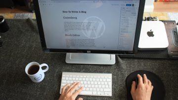 По микрогласа на блога ще познаете стила и подхода на копирайтъра – и компанията